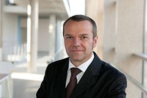 Dr.-Ing. Stefan Gerlach Fraunhofer IAO