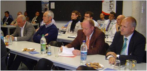 Abb. 2: Interessiert verfolgten die Gäste die Präsentationen und Vorträge