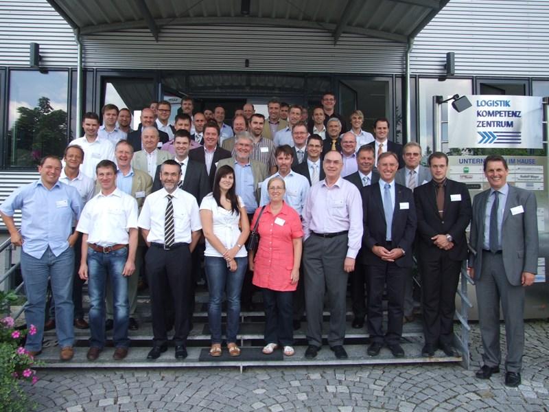 Abb. 1. : Teilnehmer des LKZ Intralogistiktages - Bildnachweis: www.lkzprien.de